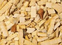 Stäng sig upp wood chiper av al-trädet för att röka eller återanvänd Textur för bakgrund arkivbild