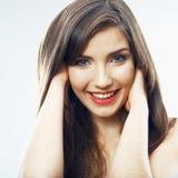stäng upp framsidaflickan Stående för ung kvinna för skönhet isolerad Royaltyfri Fotografi