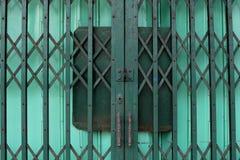 Stängd två-lager ståldörr Royaltyfri Foto