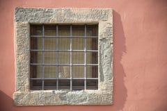 Stängers rasterfönster Arkivbild