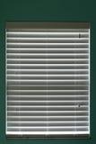 stängt fönster för rullgardiner Royaltyfri Bild