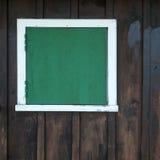 Stängt fönster på en ladugård Royaltyfria Foton