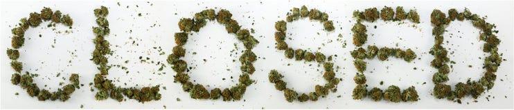 Stängt som stavas med marijuana Arkivfoto