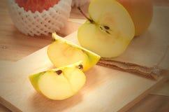 stängt upp äpplet Arkivbilder