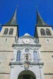 Stängt upp av den Lucerne kyrkan Arkivbilder