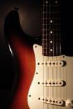 stänkskärmgitarrstratocaster arkivbild