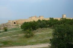 Stärkt vägg av den mellersta fästningen i den forntida Akkerman fästningen Arkivbilder