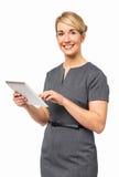 Stående av affärskvinnan Using Digital Tablet Arkivfoto