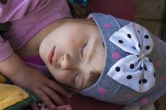 Stående av att sova lilla flickan Arkivfoto