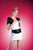 Stående av blond skönhet för mode Fotografering för Bildbyråer