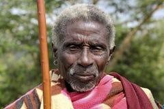 Stående av den afrikanska gamala mannen Arkivbild
