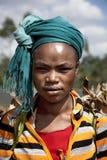 Stående av den afrikanska kvinnan Royaltyfria Foton