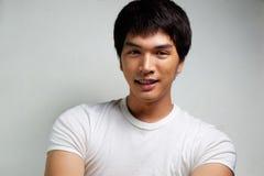 Stående av den asiatiska manliga modellen Royaltyfria Bilder