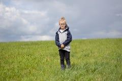 Stående av den blonda pojken Royaltyfria Foton