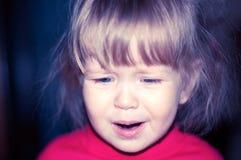 Stående av den blonda små flickan Royaltyfri Foto