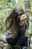 Stående av den dramatiska ledsna flickan Royaltyfri Bild