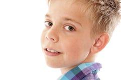 Stående av den gulliga pojken Arkivbilder