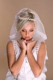 Stående av den härliga blonda bruden Arkivbild
