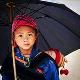 Stående av den H'mong flickan i Sa-PA Royaltyfri Foto
