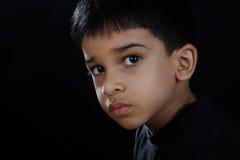 Stående av den indiska pojken Royaltyfria Bilder