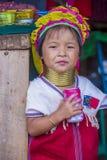 Stående av den Kayan stamkvinnan i Myanmar Royaltyfri Fotografi