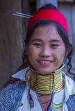 Stående av den Kayan stamkvinnan i Myanmar Royaltyfria Foton