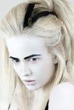 Stående av den mystiska albinokvinnan Arkivfoto