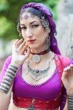 Stående av den orientaliska dansaren Arkivbilder