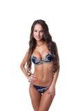 Stående av den sexiga underklädermodellen som poserar i studio Royaltyfri Foto