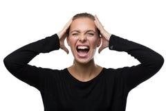 Stående av den stressade kvinnan på vit bakgrund Arkivfoto