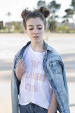Stående av den tonårs- flickan royaltyfri bild