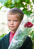 Stående av den trevliga lilla skolpojken Fotografering för Bildbyråer