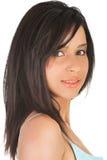 Stående av den unga härliga kvinnan i siden- damunderkläder Arkivfoto