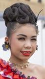 Stående av den unga thailändska flickan Royaltyfri Foto
