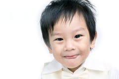 Stående av det lyckliga asiatiska barnet royaltyfri fotografi