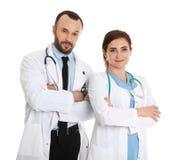 Stående av doktorer som isoleras på vit fotografering för bildbyråer