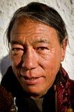 Stående av en äldre man från Tibet Royaltyfria Foton