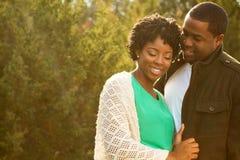 Stående av en afrikansk amerikan som älskar par Fotografering för Bildbyråer