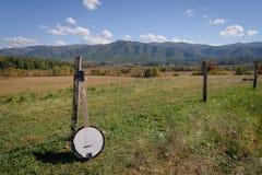 Stående av en banjo på den rökiga bergnationalparken Royaltyfria Bilder