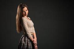 Stående av en charmig sinnlig ung kvinna Fotografering för Bildbyråer