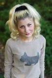 Stående av en flicka med blont hår Royaltyfri Fotografi