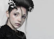 Stående av en flicka, sagolik bild arkivbilder