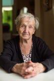 Stående av en gammal kvinna 85 gamla år Royaltyfri Fotografi