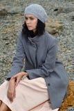 Stående av en härlig brunett i en fransk stil Royaltyfria Bilder