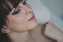 Stående av en härlig flicka Fotografering för Bildbyråer