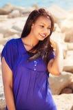 Stående av en härlig flicka i natur Royaltyfria Foton