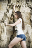 Stående av en härlig klättrare för ung kvinna Fotografering för Bildbyråer