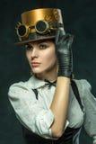 Stående av en härlig steampunkflicka Arkivfoto
