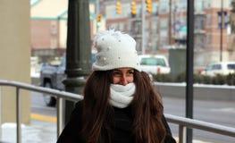 Stående av en härlig tonårs- flicka i Detroit Arkivbilder