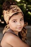 Stående av en härlig ung flicka royaltyfri bild